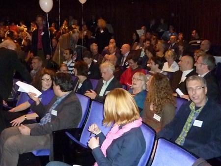 Voorafgaand aan het congres: de raadsleden zaten bij elkaar in de zaal